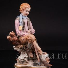 Фарфоровая статуэтка Аллегория Зимы, Capodimonte, Италия, сер., вт пол. 20 века.